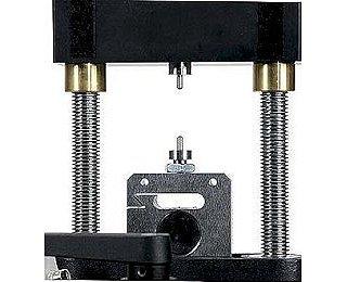 ME-8246 - 10-32 Screw Adapter - Materials Testing
